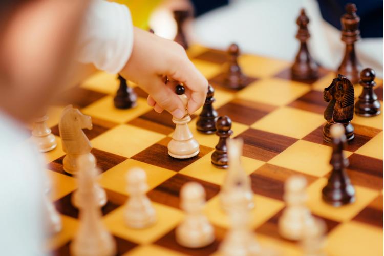 Jeux d'échecs intelligent pour les enfants